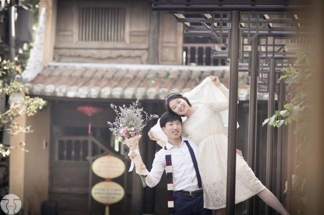 Những bộ ảnh cưới đẹp xuất sắc khi các cặp đôi nước ngoài sang Việt Nam chụp - Ảnh 18.