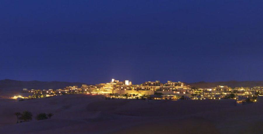 Qasr Al Sarab là một khu nghỉ dưỡng cao cấp giữa sa mạc Liwa.