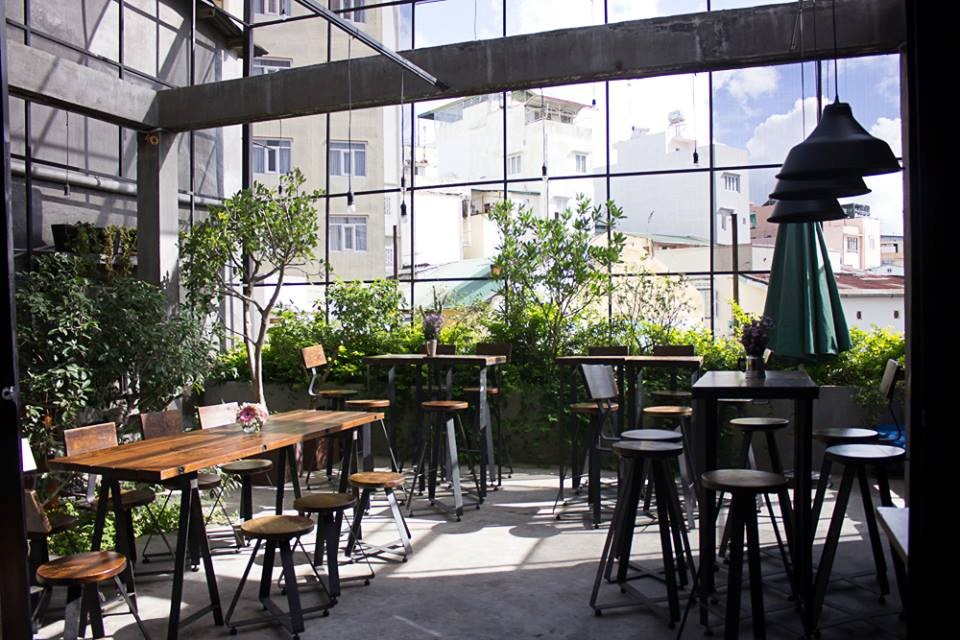 Yolo Coffee & Bar