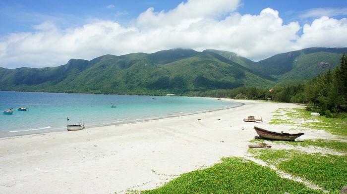 Bờ biển hoang sơ đẹp không kém những thiên đường biển nổi tiếng khác trên thế giới