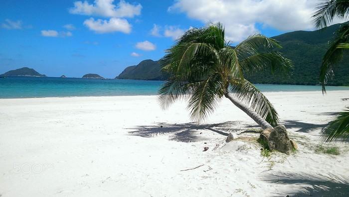 Những bờ cát mịn trắng tinh khôi