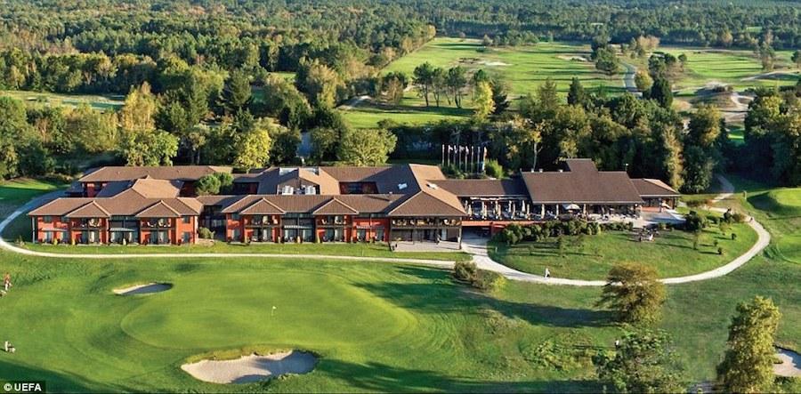 Bỉ, một trong những đội được yêu thích nhất mùa hè này chọn Golf du Medoc Hotel and Spa là điểm dừng chân trong suốt thời gian ở Pháp.