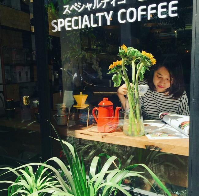 Update ngay danh sách những quán cafe đang được giới trẻ Sài Gòn check-in liên tục - Ảnh 12.