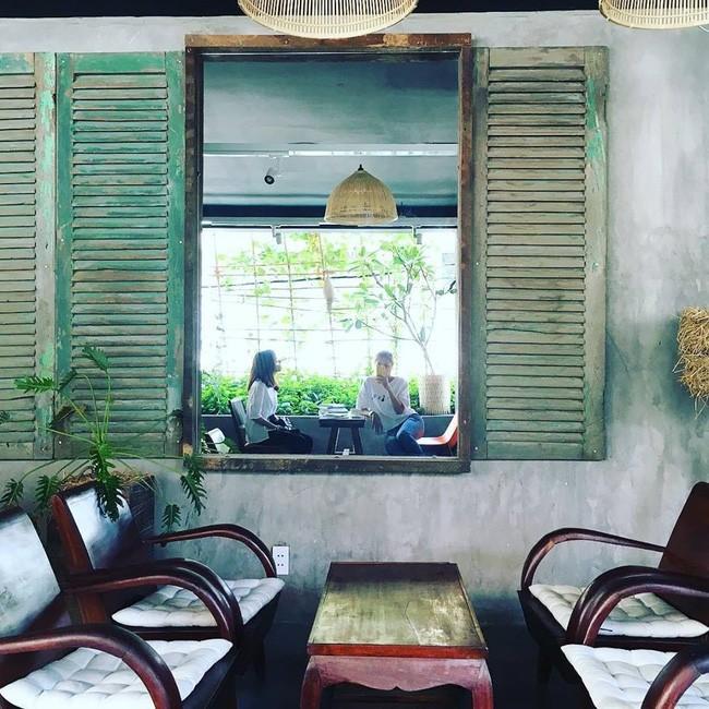 Update ngay danh sách những quán cafe đang được giới trẻ Sài Gòn check-in liên tục - Ảnh 34.