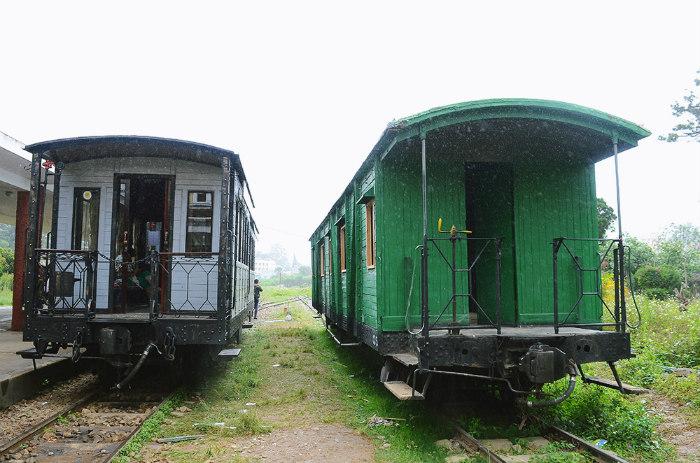 Ngày trước nhờ có nhà ga mà khách du lịch đến Đà Lạt nhiều hơn. Khi ấy, mỗi chuyến tàu có 3 toa chở khách bên cạnh các toa vận chuyển hàng hóa. Nhưng cho đến thời điểm Mỹ chiếm đóng thì tàu chủ yếu dùng để vận chuyển các thiết bị cho chiến tranh.
