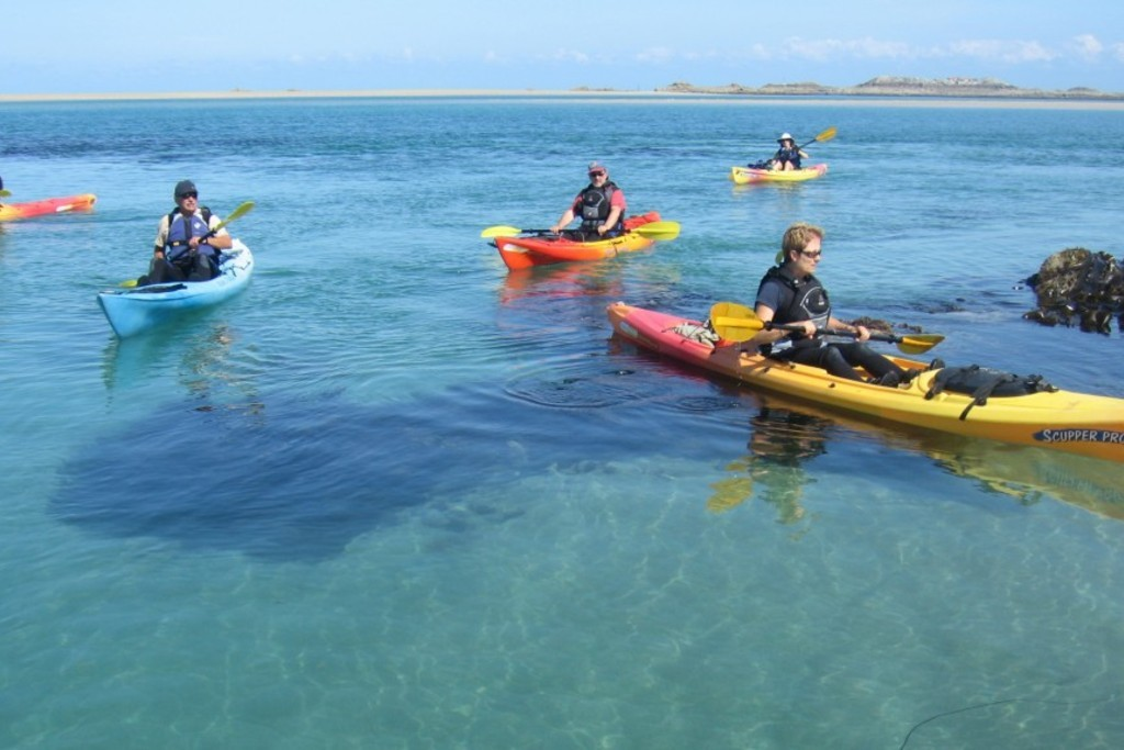 Cùng chèo thuyền Kayak