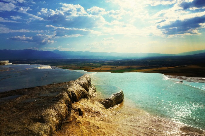 Pamukkale - một trong những thắng cảnh tuyệt đẹp ở Thổ Nhĩ Kỳ