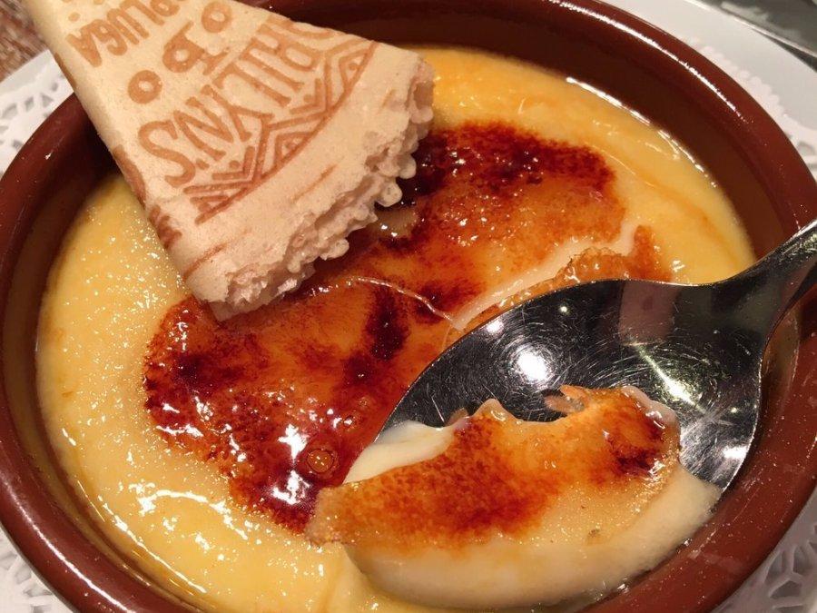 Kem Catalan là món tráng miệng phổ biến và cũng đặc trưng cho kem của xứ Catalan