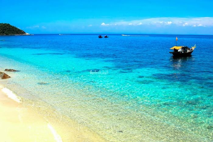 Cù Lao Chàm nước biển xanh ngắt như ngọc