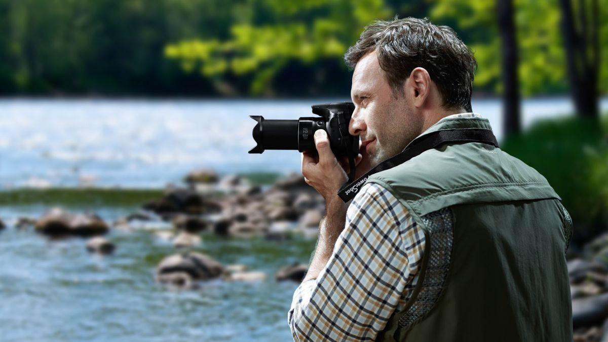 Dòng máy Bridge Camera có dải zoom có thể chụp hình ở xa hơn