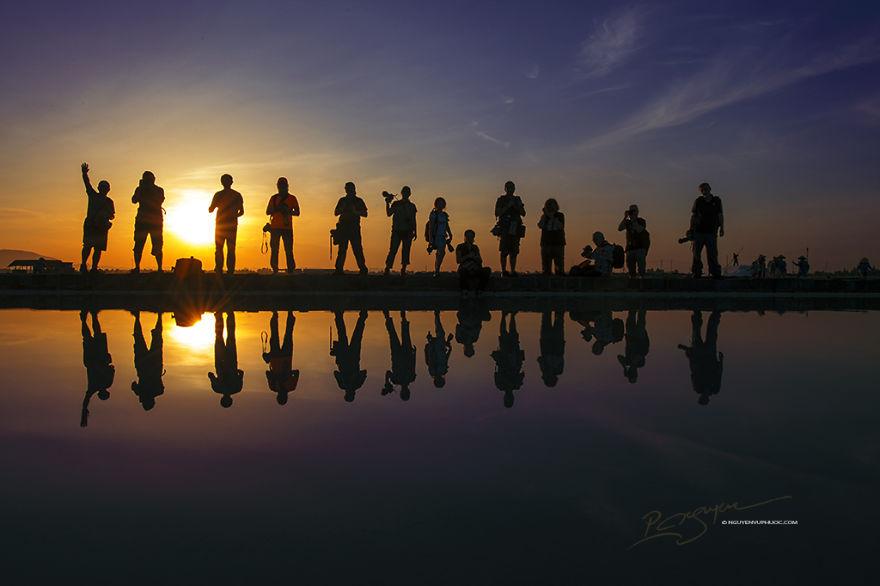 19 thành viên của câu lạc bộ nhiếp ảnh chuyên nghiệp SSS từ Thổ Nhĩ Kỳ lựa chọn Việt Nam làm điểm đến tác nghiệp của họ.