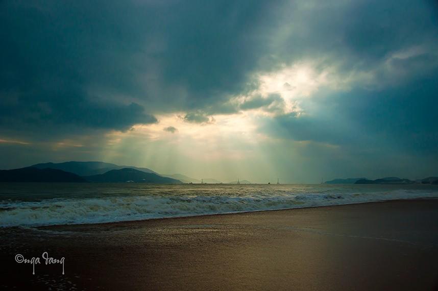 Những ngày biển buồn ảm đạm