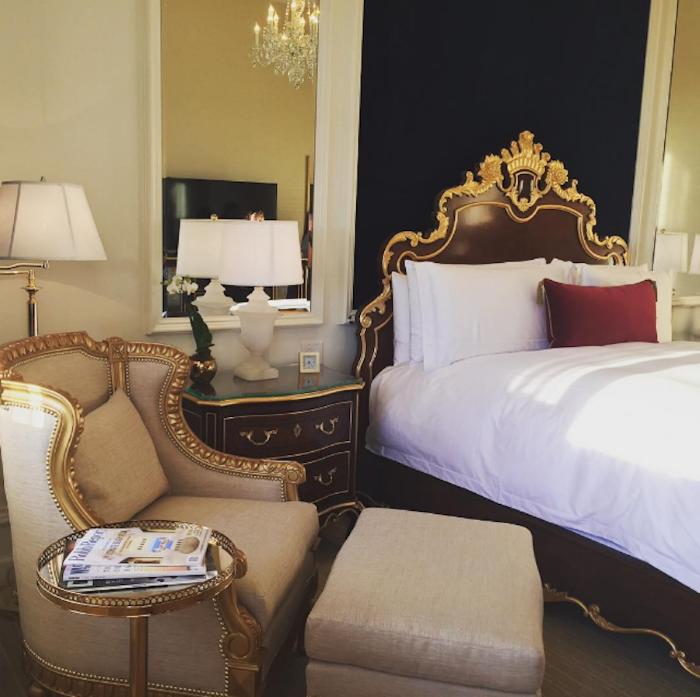 Giá phòng khởi điểm tại đây là 460 USD/đêm và 12.000 USD/đêm cho phòng Tổng thống. Nếu du khách muốn đặt riêng một căn nhà liền kề thì giá là 25.050 USD/đêm. Ảnh:Nancytrejostravel.