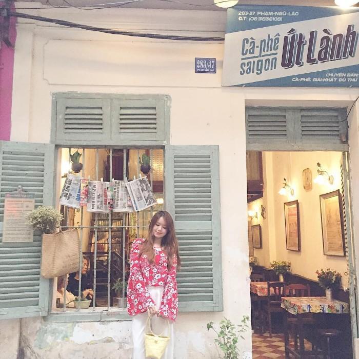 Không gian quán cổ kính đậm màu sắc Việt Nam - Ảnh: @nguyenhakieuanh