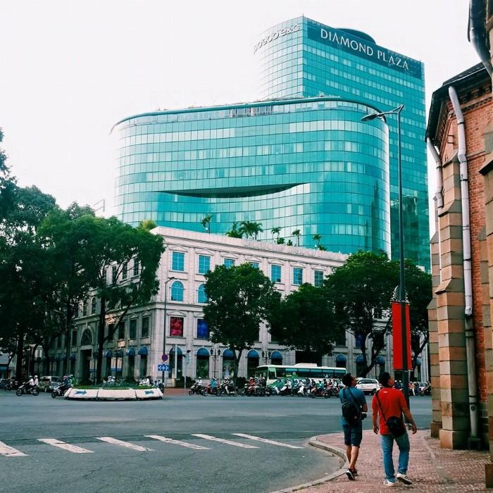 Dạo quanh Sài Gòn - Ảnh: Huyền Vịt