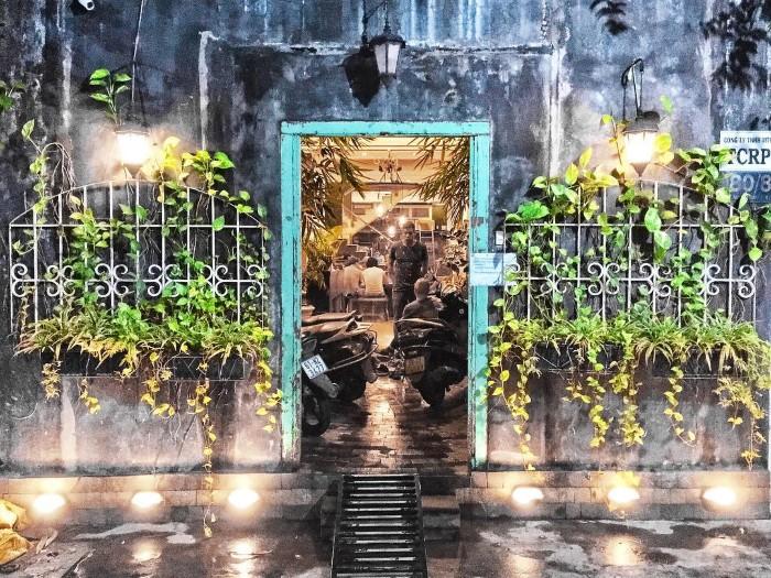 Cánh cửa dẫn vào The Common Room Project- Ảnh: mostafaelnahawy