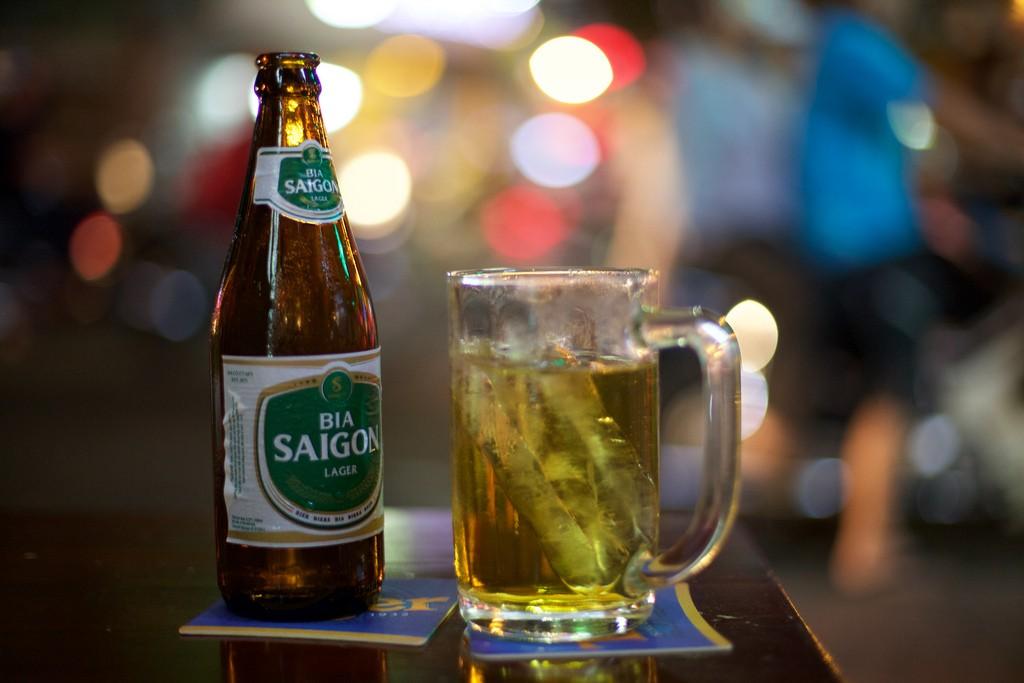 Ở Việt Nam, bia mới là thức uống khai vị tuyệt vời cho bữa ăn