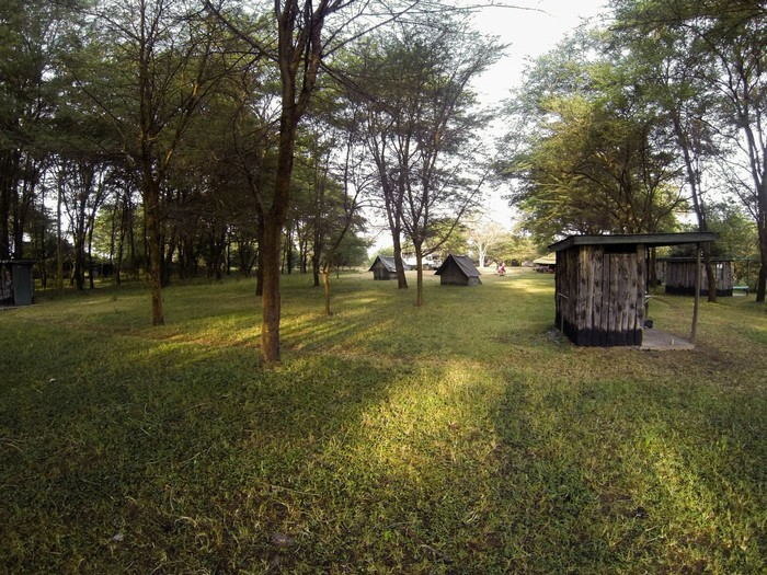 Những khu cắm trại mọc lên khiến vùng đất này dường như đang bị công nghiệp hóa