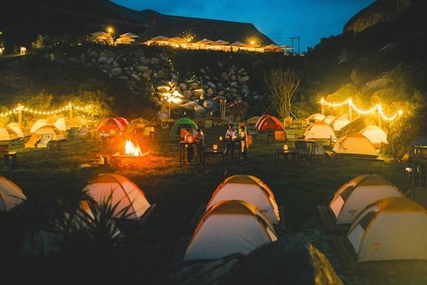 6 địa điểm cắm trại bên biển đẹp và vui hết sảy mà bạn đừng bỏ lỡ - Ảnh 4.