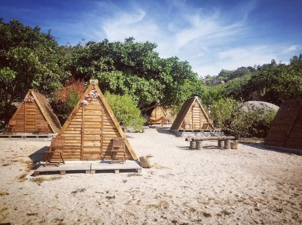6 địa điểm cắm trại bên biển đẹp và vui hết sảy mà bạn đừng bỏ lỡ - Ảnh 13.
