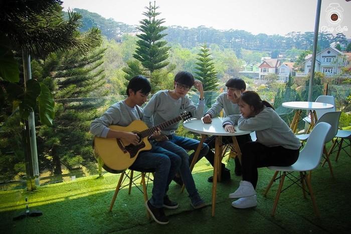 Những nhóm nhạc Acoustic trẻ tuổi của Daily cafe