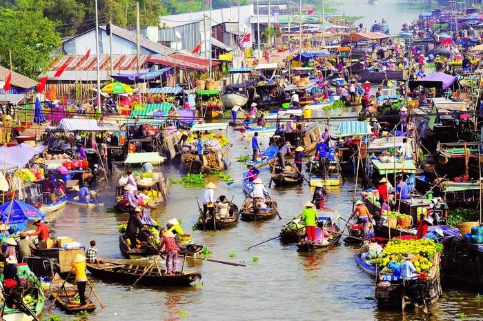 Đó là chợ nổi Cái Răng mang nét giao thương của vùng sông nước