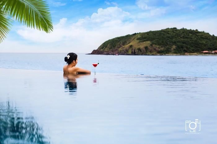 Và cả đảo Rùa mơ màng giữa đại dương bao la tuyệt đẹp