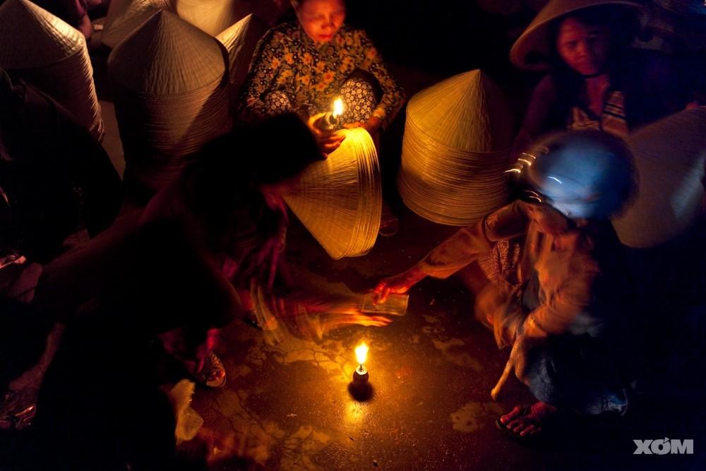 Chợ họp tầm 3 - 4h sáng nên người ta thường gọi là chợ gà gáy