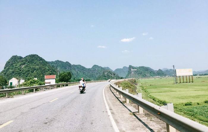 Bạn có thể di chuyển bằng nhiều phương tiện khác nhau để đến Quảng Bình
