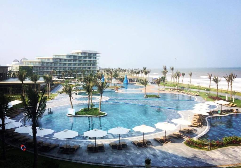 FLC Sầm Sơn Beach & Golf Resort 2