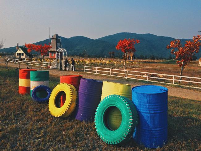 Thuận Phước Field -Phim trường chụp ảnh như Tây 3