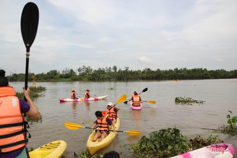 Chèo thuyền Kayak trên sông Đồng Nai