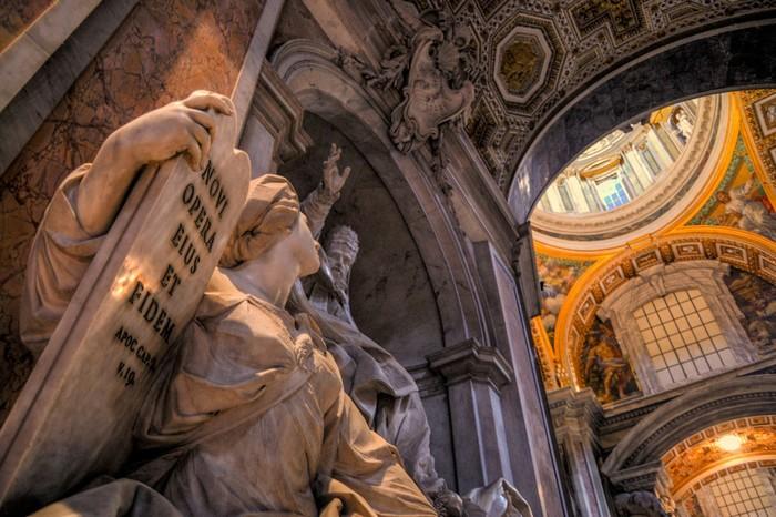 Đó là hành động nhằm giữ gìn và bảo tồn biểu tượng của Tòa thành