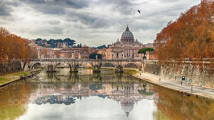 Hầu hết dân số Vatican đều sống ở nước ngoài