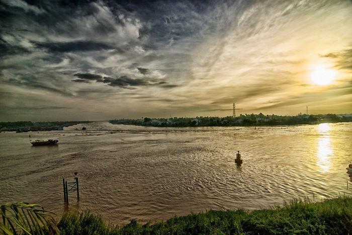 Vẽ lên bức tranh sông nước Mêkong mộc mạc bình yên