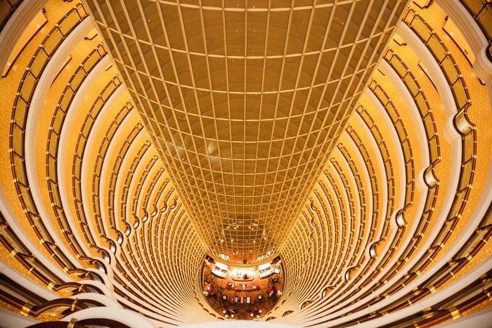 Vẻ đẹp ấn tượng choàng ngợp bên trong khách sạn Grand Hayatt ở Thượng Hải