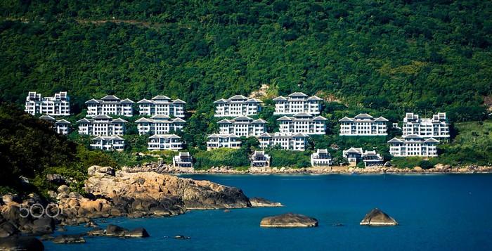 Khách sạn InterContinental Danang Sun Peninsula Resort nhiều lần được vinh danh