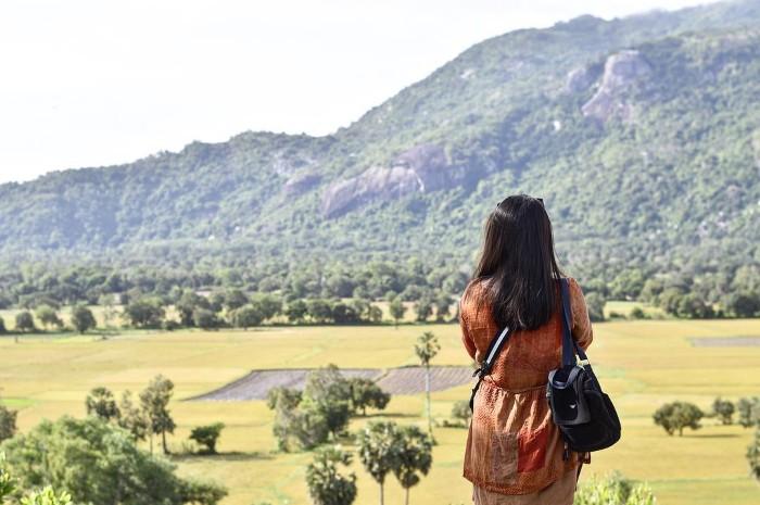 Từ vùng đất cao hơn nhìn xuống đồng Tà Pạ- Ảnh: bem_lephuong