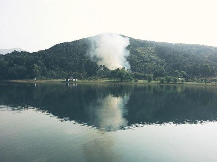 Chùa Hương Tích – khói mờ nhân ảnh - Ảnh: miki2jenn