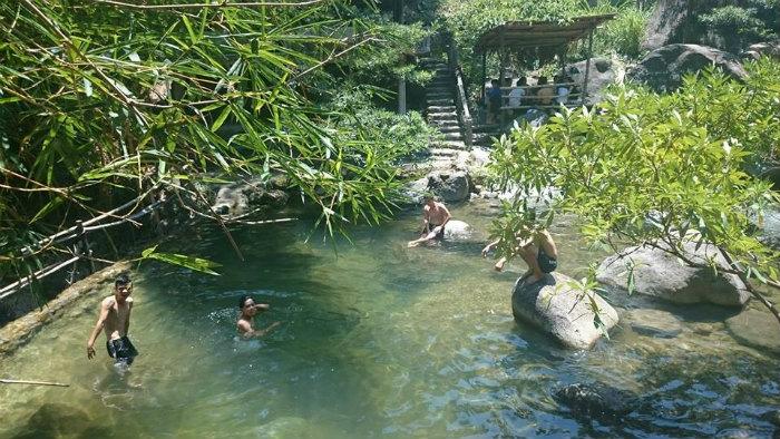Còn gì tuyệt vời bằng mùa hè cùng Thủy Vân Sơn