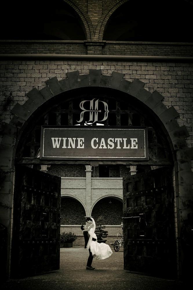 Lâu đài rượu vang còn là nơi lưu giữ những khoảnh khắc ngọt ngào của đôi lứa