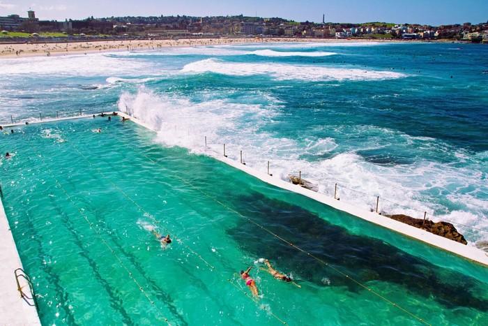 Bể bơi nước mặn lớn nhất thế giới