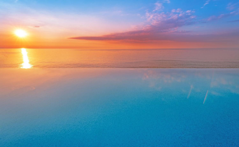 Màu sắc tuyệt đẹp khi hoàng hôn xuống ở Maldives
