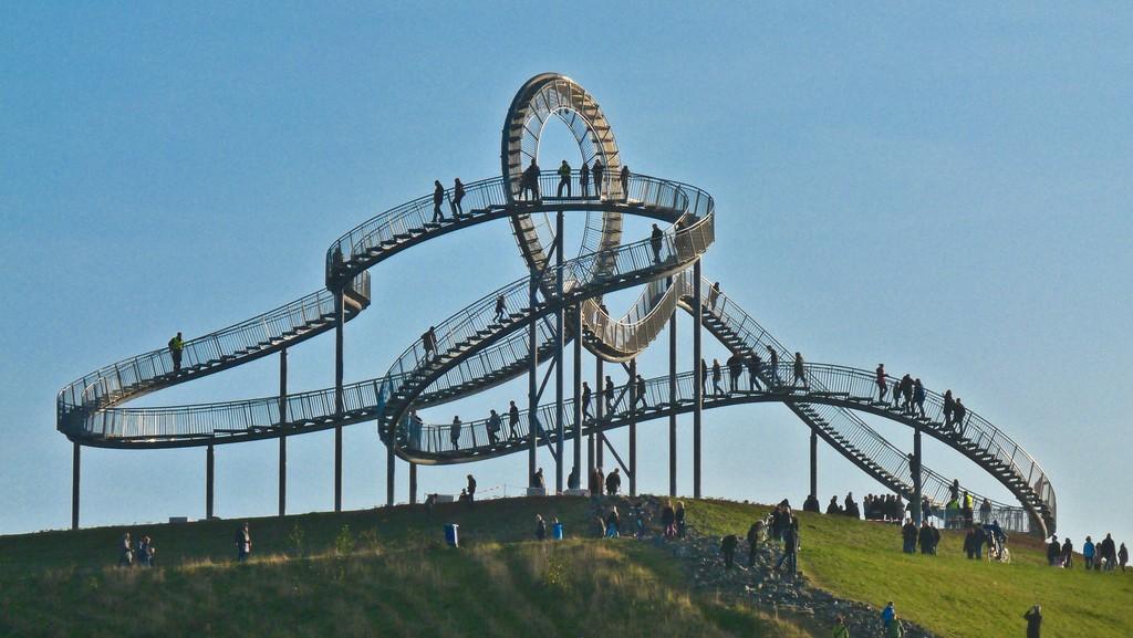 Cầu Duisburg - công trình kiến trúc nghệ thuật trừu tượng độc đáo