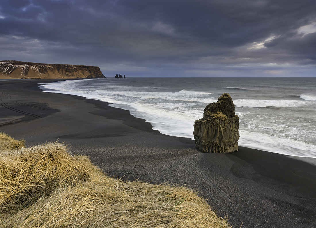 Bờ biển đen Vik, Iceland