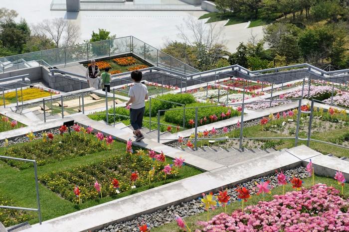 Khu vườn rực rỡ sắc màu là điểm tham quan nổi bật tại Nhật Bản