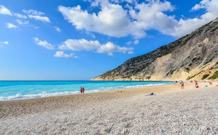 Myrtos xinh đẹp làm say lòng du khách