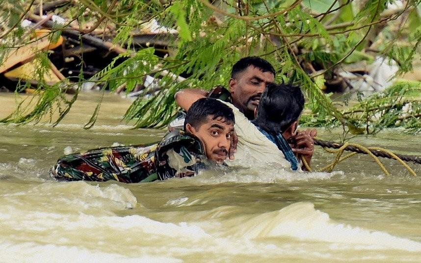 Lũ lụt mang lại hẩu quả nặng nề