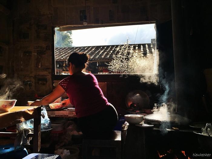 Căn bếp buổi sáng