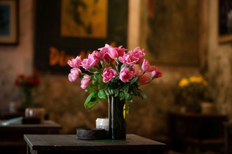 Hoa nơi cuối ngõ.